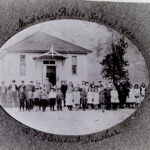 Image of the children at Midway Public School in 1904